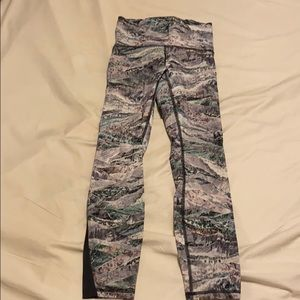 Lululemon train times right size 4 25 inch inseam